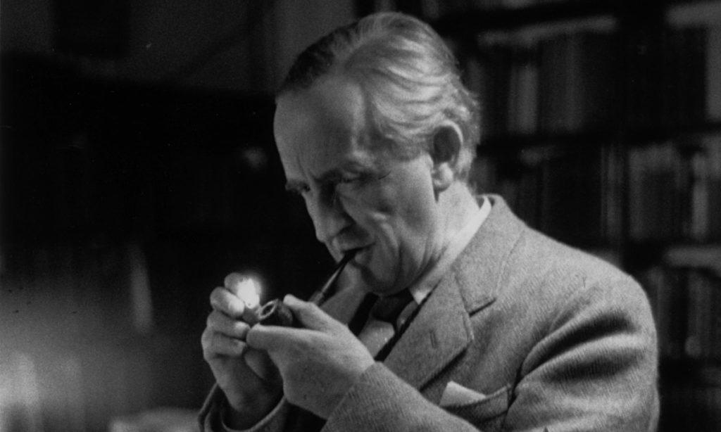 JRR-Tolkien-1955-016